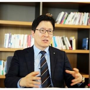 김상경(경영86) 동문, '절대영감' 내안에 잠들어 있는 후천적 천재지능 - (개정판) 출간