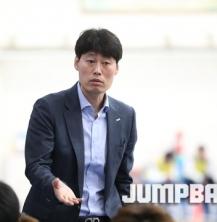 """양형석(체교02) 농구부 감독 """"방심할 수 있는 경기가 없다"""""""