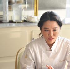 '맛과 멋의 예술'을 보여준 국가대표 초콜릿 명장, 김은혜 동문을 만나다.